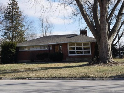 528 Locust Hill Drive, Englewood, OH 45322 - #: 784172