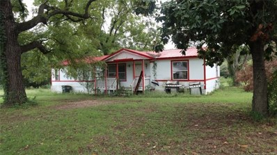 110 E Kentucky Avenue, Tishomingo, OK 73460 - #: 1935111