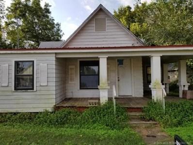 509 E Cherry Street, Cushing, OK 74023 - #: 1936864