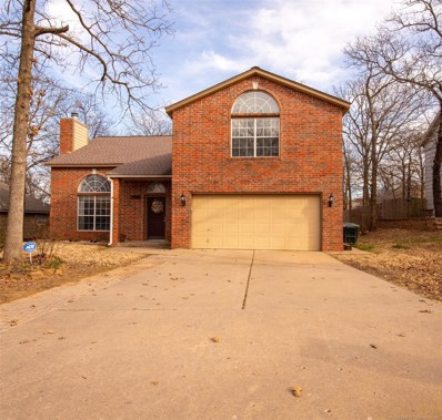 3721 S 69th West Court, Tulsa, OK 74107 - #: 2000790