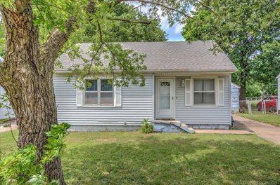 1902 W 7th Street, Coffeyville, KS 67337 - #: 2111056