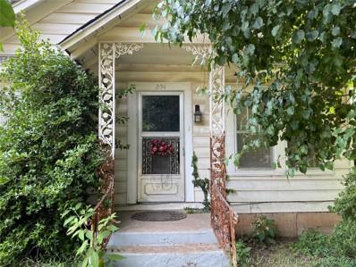 204 N Main Street, Webber Falls, OK 74470 - #: 2126450