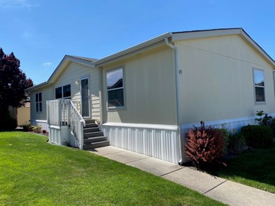 10 E South Stage Road UNIT 405, Medford, OR 97501 - #: 220107112