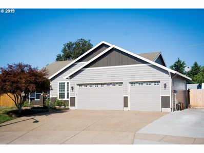 12025 McCord Heights Ct, Oregon City, OR 97045 - #: 19024102