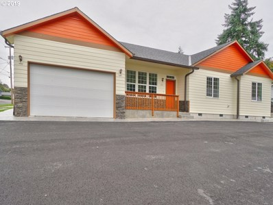 175 S 4TH St, St. Helens, OR 97051 - #: 19622585