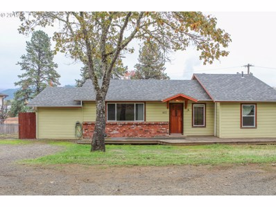 462 W Third Ave, Sutherlin, OR 97479 - #: 19663396