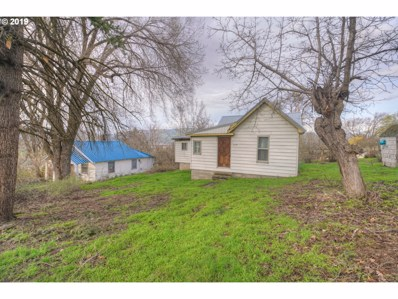 715 W 16TH, The Dalles, OR 97058 - #: 19685932