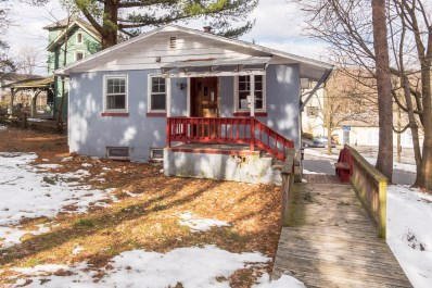 13 Oak St, Delaware Water Gap, PA 18327 - #: PM-66236