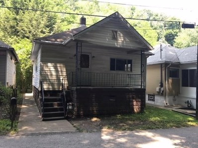 608 Thorn Hollow Dr, Moon\/Crescent Twp, PA 15108 - #: 1349332
