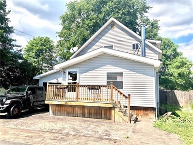 335 Hoover St, St Clair Twp, PA 15954 - #: 1462739