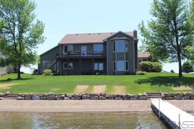 128 Woodland Dr, Madison, SD 57042 - #: 21801173