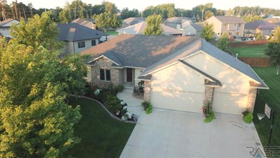 7505 S Moor Cross Dr Drive, Sioux Falls, SD 57108 - #: 21805315
