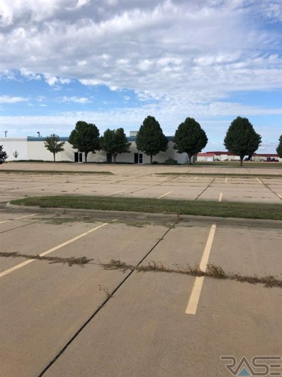 907 N Norbeck St, Vermillion, SD 57069 - #: 21907013