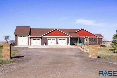 26177 Sunset Bluff Dr Drive, Canistota, SD 57012 - #: 22101573