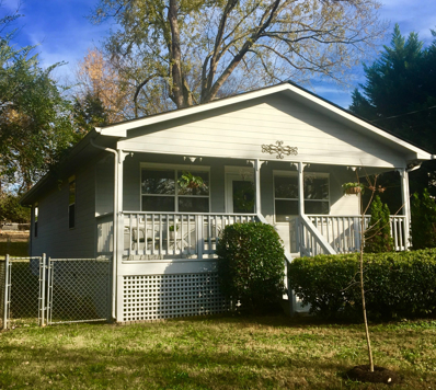 2208 Bradshaw Garden Rd, Knoxville, TN 37912 - #: 1058239