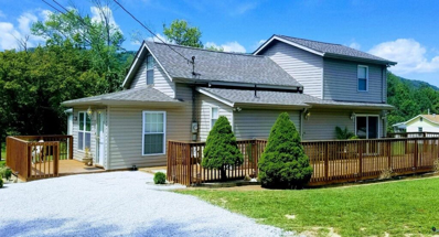 3714 Lake City Hwy, Rocky Top, TN 37769 - #: 1102985