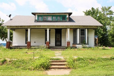 62 High St E, McEwen, TN 37101 - #: 1932144