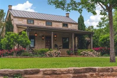 535 N Lee St, Fredericksburg, TX 78624 - #: 9293215