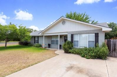 596 S Dusk Lane, Fredericksburg, TX 78624 - #: 76092