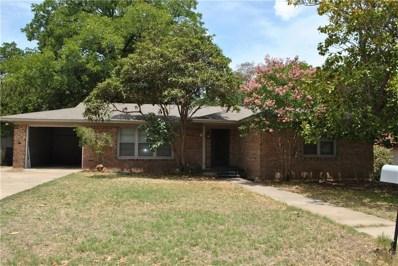 303 W Armstrong Avenue, Comanche, TX 76442 - #: 13900295