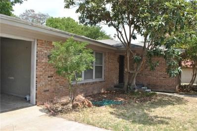 303 W Armstrong Avenue, Comanche, TX 76442 - #: 13953024