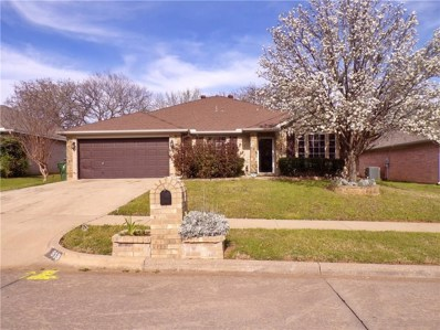 818 Parkhill Drive, Mansfield, TX 76063 - #: 14050030