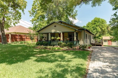 704 W College Street, Grapevine, TX 76051 - #: 14157861