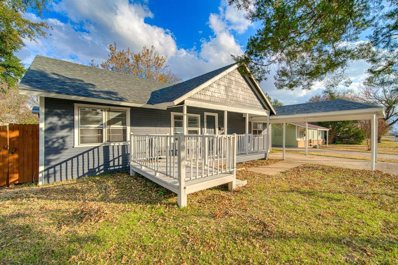 220 N 3rd St., Wills Point, TX 75169 - #: 14232425