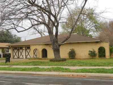 2105 Pin Oak Lane, Arlington, TX 76012 - #: 14232506