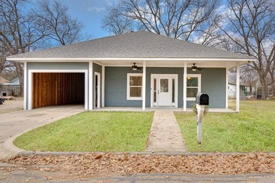 620 Throckmorton Street, Gainesville, TX 76240 - #: 14240191