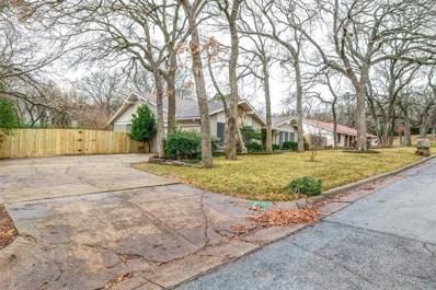 2711 Chinquapin Oak Lane, Arlington, TX 76012 - #: 14251156
