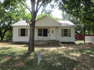 704 E 1st Street, Burkburnett, TX 76354 - #: 14257212