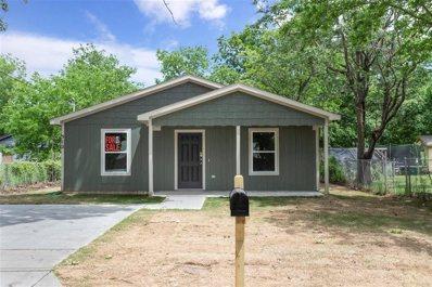 512 N Clements Street, Gainesville, TX 76240 - #: 14265765