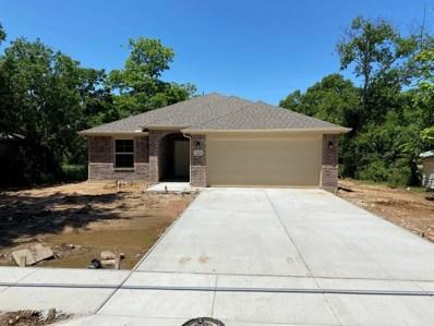323 N Morris Street, Gainesville, TX 76240 - #: 14285175