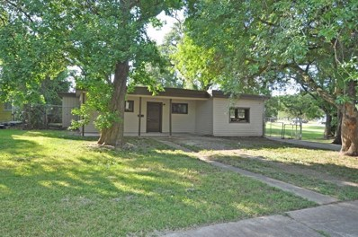 102 Huisache, Lake Jackson, TX 77566 - #: 44094929