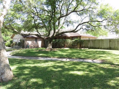 724 S Kansas Avenue, League City, TX 77573 - #: 53090397