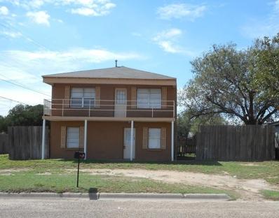1104 Ave I, Levelland, TX 79336 - #: 201808062