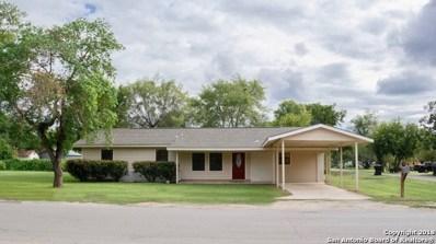 611 Zig Zag Ave, Devine, TX 78016 - #: 1341481