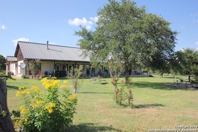 724 County Road 310, Floresville, TX 78114 - #: 1404634