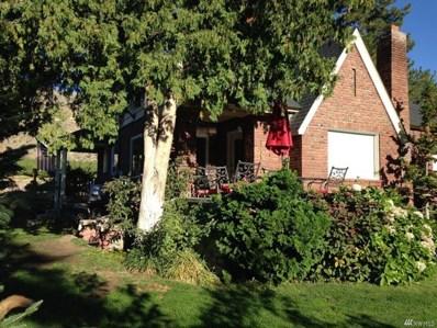 348 5th St, Chelan Falls, WA 98817 - #: 1360070
