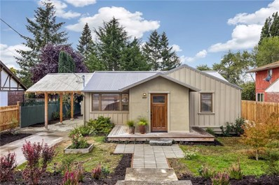 3537 SW 112th St, Seattle, WA 98146 - #: 1361819
