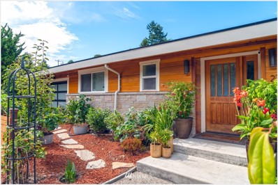 2715 Garlough Ave SW, Seattle, WA 98116 - #: 1513121