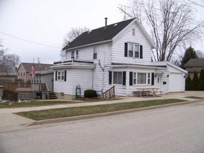 319 Butler St, Random Lake, WI 53075 - #: 1517419