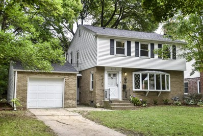 2560 N 93rd St, Wauwatosa, WI 53226 - #: 1605516