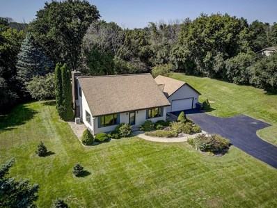 W275S4471 Green Country Rd, Waukesha, WI 53189 - #: 1606142