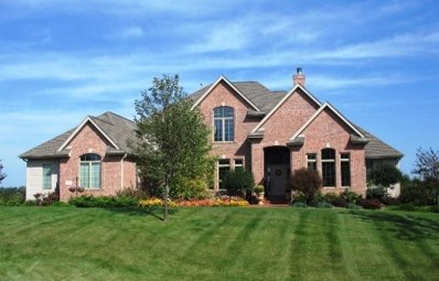13750 N Legacy Hills Dr, Mequon, WI 53097 - #: 1606314