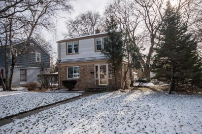 10525 W Manor Park Dr, West Allis, WI 53227 - #: 1608838