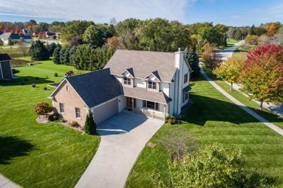 1377 Red Oak Dr, Hartford, WI 53027 - #: 1610701