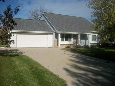 3944 W Amberidge Dr, Franklin, WI 53132 - #: 1612267