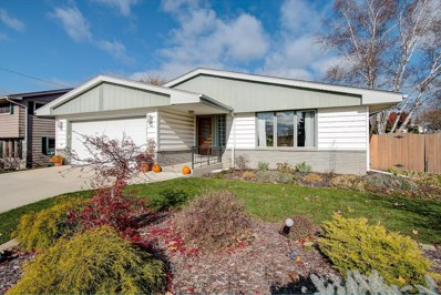 200 Parkway Dr, South Milwaukee, WI 53172 - #: 1612574
